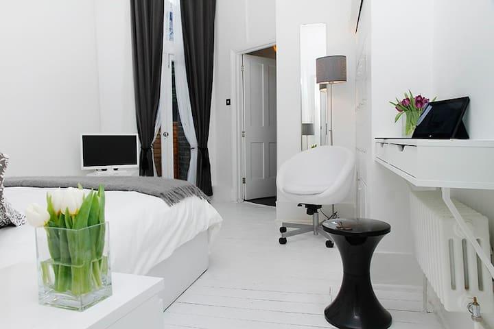 New Suite 3 Belsize Park Grdn Flat