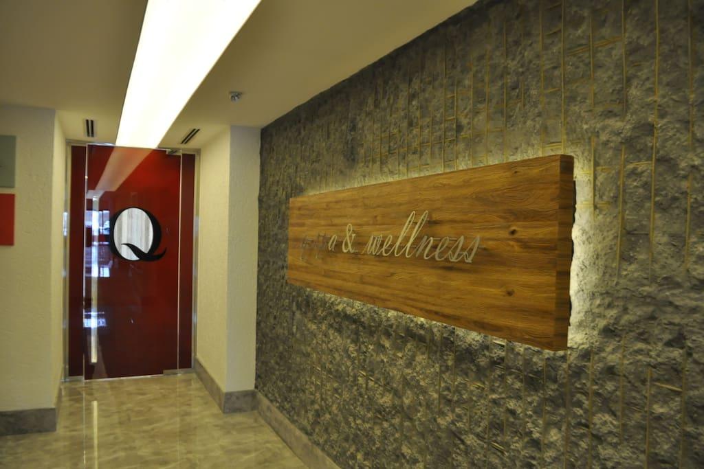 Spa & Wellness Entrance