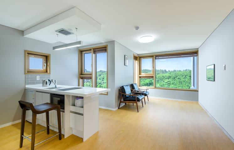 lamemoria 푸른숲 하우스 in동백동산