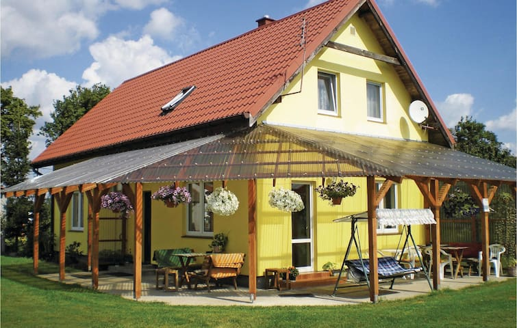 Holiday cottage with 4 bedrooms on 110 m² in Chelmno