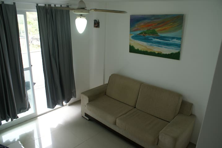Apartment 100m from the Beach for 2 people - Rio de Janeiro - Apartmen