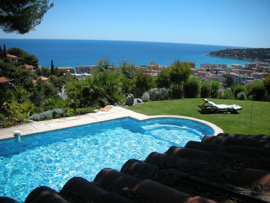 Villa swimming pool french riviera villas for rent in - Hotels in menton with swimming pool ...