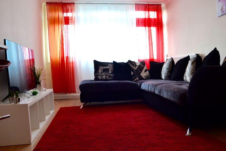Elegant&bright 2bedroom flat near Central London