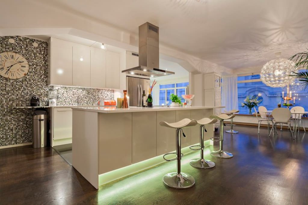 Kitchen open-plan for cooking and mingle