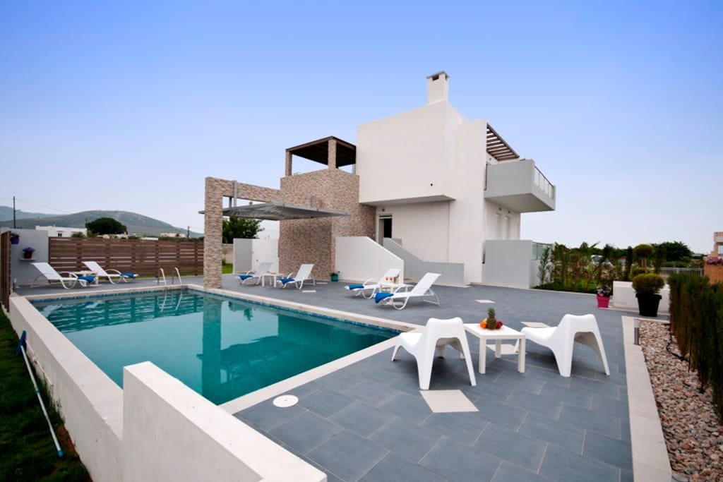 Luxury Xenos Villa1 With Private Pool Villas For Rent In Tigkaki Egeo Greece