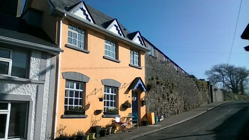 kinvara cottage.