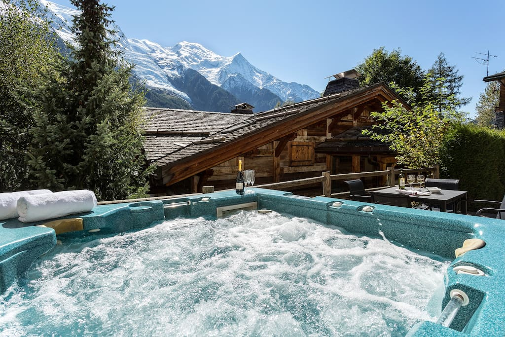 Hot tub on terrace