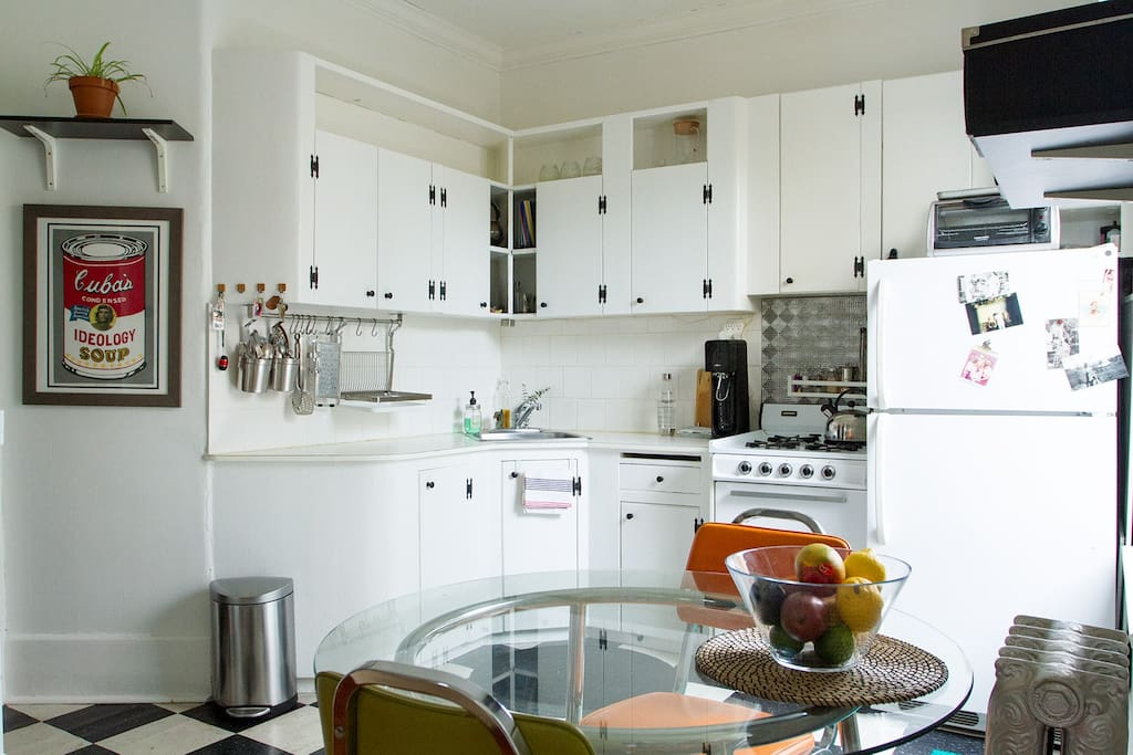 Kitchen - gas stove, striking retro vibe, soda stream, complimentary coffee and tea, kitchen table work space.