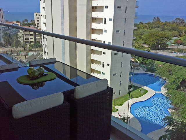 Cool Apartment w/ Pools near Beach - Santa Marta - Leilighet