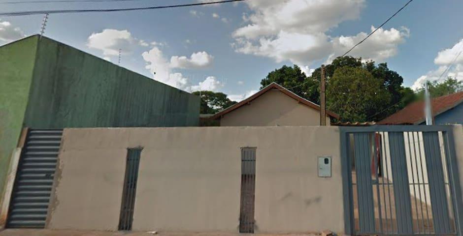 Casa em Campo Grande para Muitas Pessoas