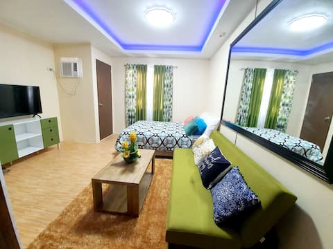Condominium in downtown CDO with Wifi and Netflix