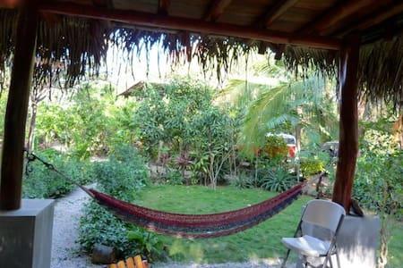 2-Bedroom Casita @ Playa Guiones - Playa Guiones - 別荘