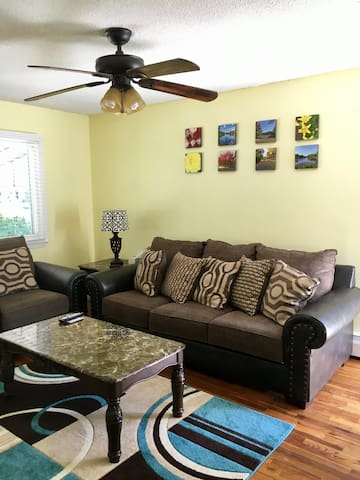 Shay's Place #1 ( 1 Bdrm. Apt ) 5 mins From JFK