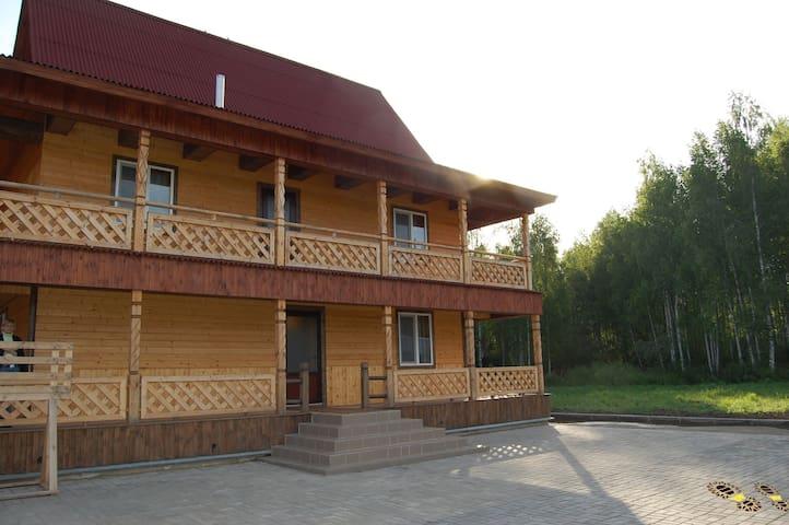 В Доме Охотников недалеко от Минска - Smaliavičy - Rumah