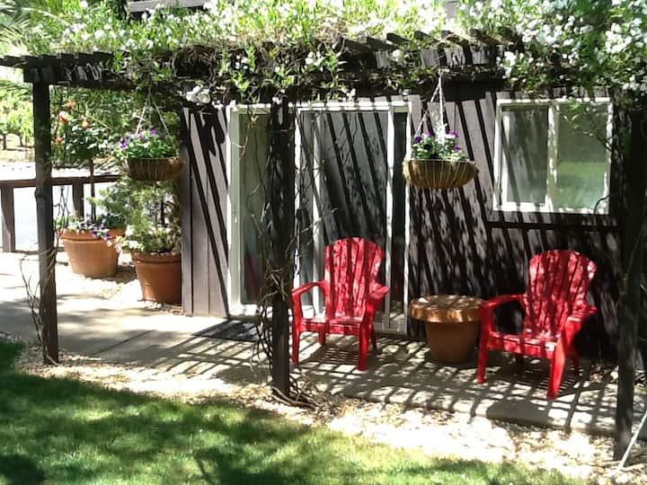 Garden Room in Dry Creek Valley