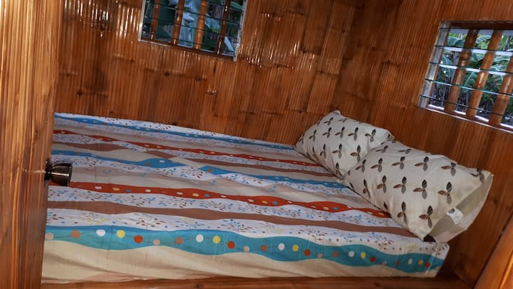 Shielyn Huts, Moalboal offer a confortable