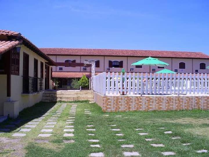 Casa em Excelente Condomínio em Cabo Frio