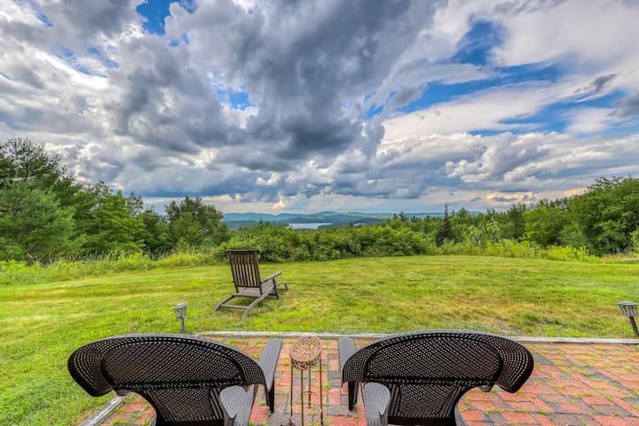 Premium Cleaned | Stunning home w/ Moore Reservoir views and private sunroom