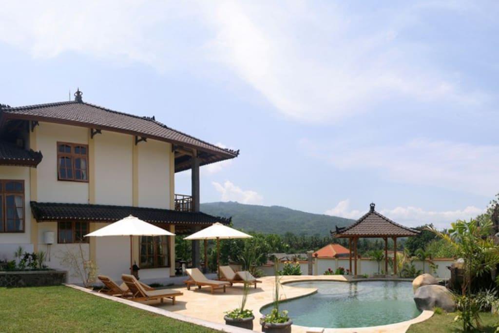 Villa juliani la palge de lovina bali villas louer Villa a louer bali