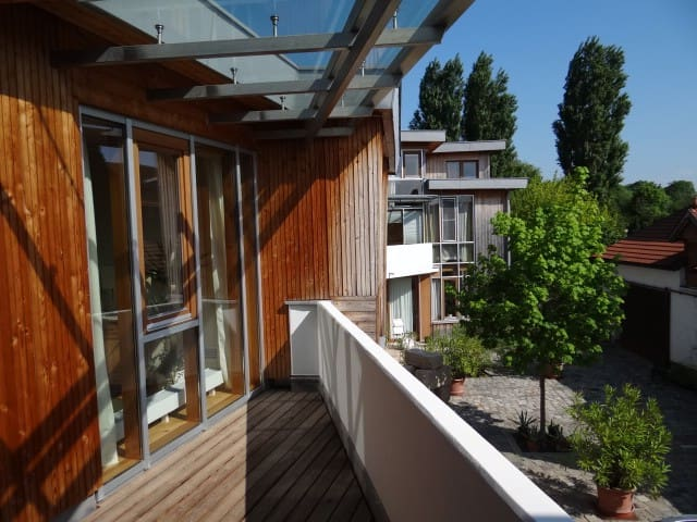 Modern studio flat south of Vienna - Kottingbrunn - Apartamento