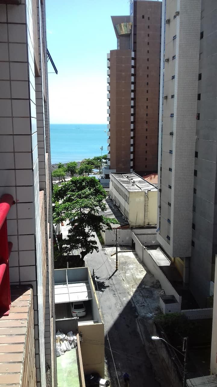 Fortaleza no Meireles ao lado da  Beira Mar.