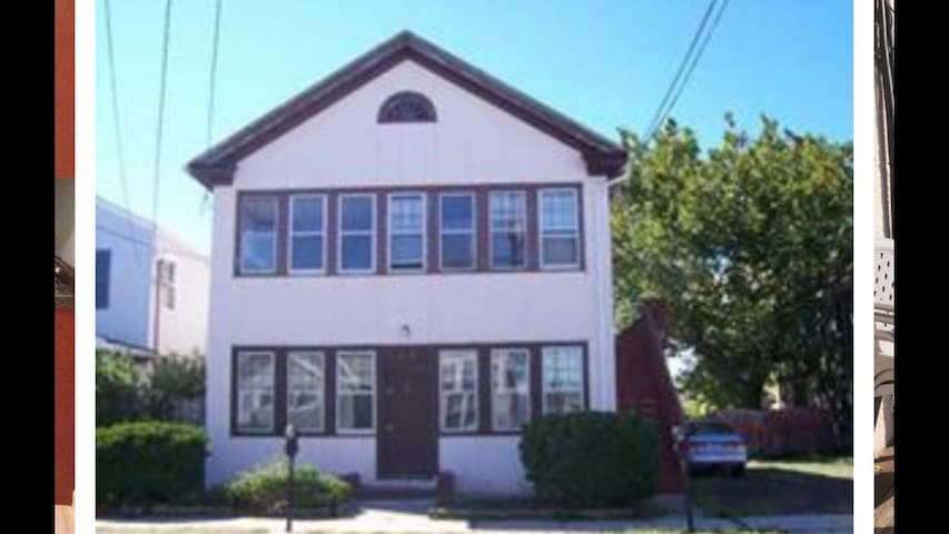 1 unit in house HC 121-Blaine ave Nj (6-8 Gust)