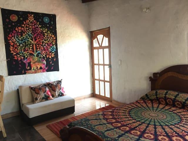 Cabaña Rodeada de Naturaleza en Santa Elena