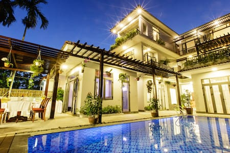 Serene river villa-Deluxe pool view - Hội An
