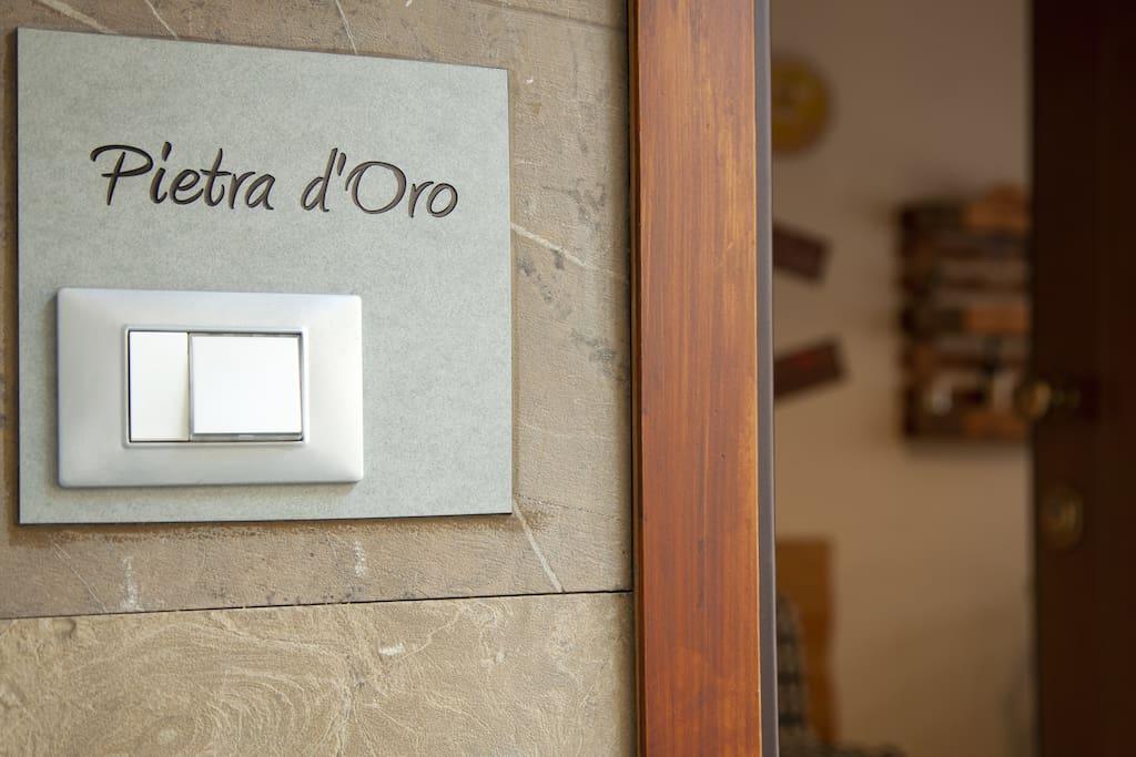 """Benvenuti a """"Pietra d'Oro""""!"""