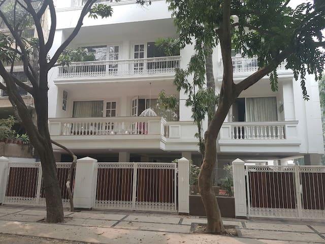 Park View Designer Apartment in  Gk2,N.Delhi - Nova Deli - Apartamento com serviços incluídos
