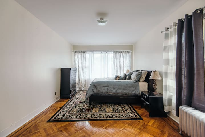 4 Bedrooms House for long and Short term Rental