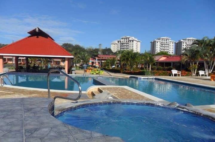 Villas Paradise  playa en el puro centro de Jaco