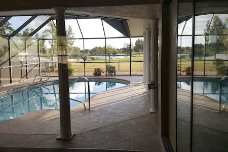 3BR/2BA Home on Golf course w/private pool - Apollo Beach
