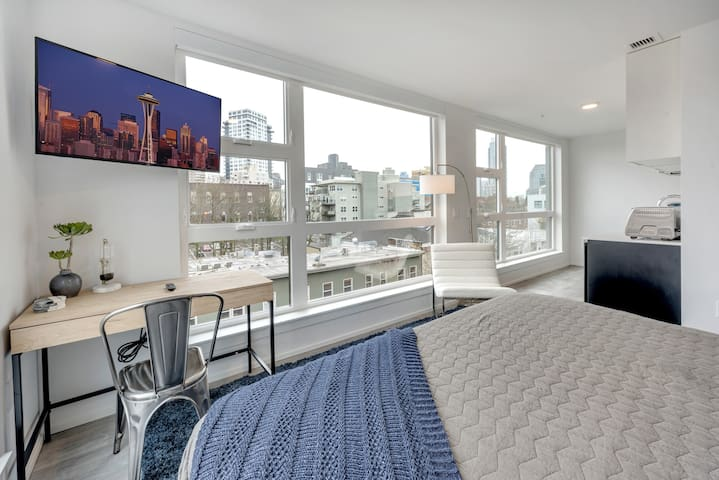 1BD-99 WLK Score, WLK to Broadway, DT, Seattle U
