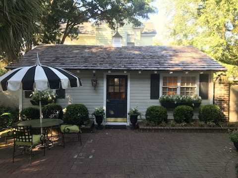 Historic Cottage in Charming Coastal Town