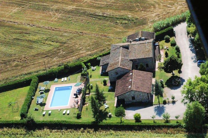 Appartement d'une chambre à Villa, avec piscine partagée, jardin aménagé et WiFi