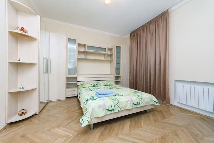 1-комнатная квартира  ул. Эспланадная, 32