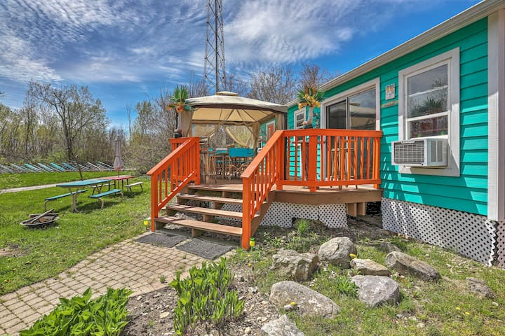 Space for 6 and a memorable time await you on Lake Erie's islands!