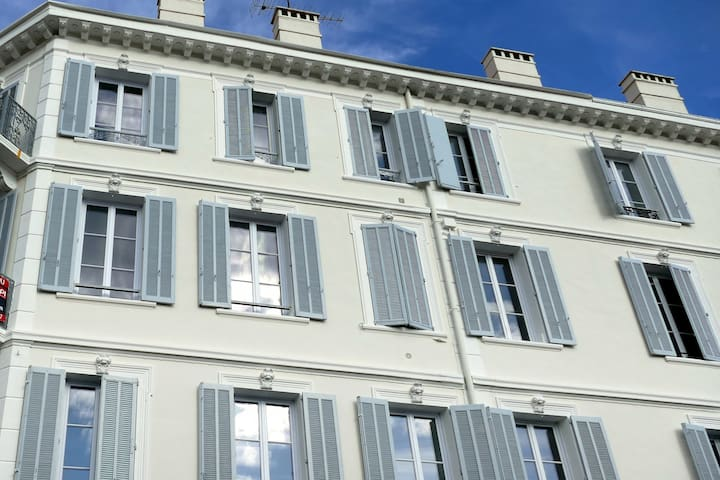 34 sqm. Entirely renovated near center Cannes