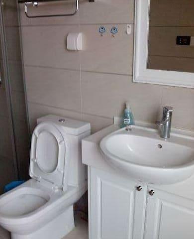 风景优美 空气新鲜 而且房子更好 - Jiangmen - Lägenhet