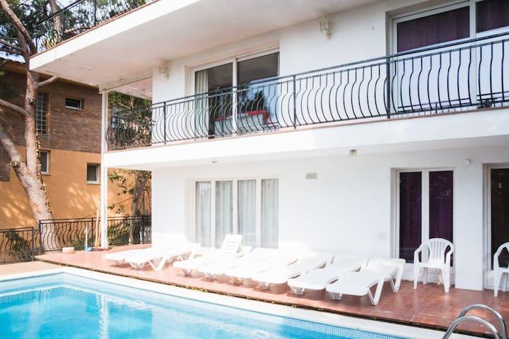 Sea View Villa in quiet pleasant place - Lloret de Mar - Villa