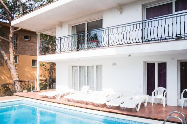 Sea View Villa in quiet pleasant place