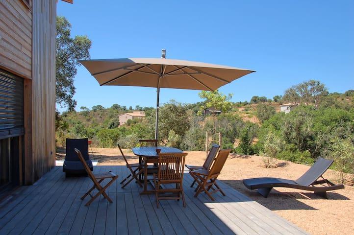 Villa bois 3 chambres à 5 mn des plages - Grosseto-Prugna - House