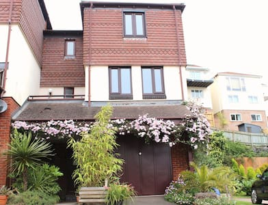 'Tropical Oasis' Spacious Double Room / En-Suite - Paignton - Casa