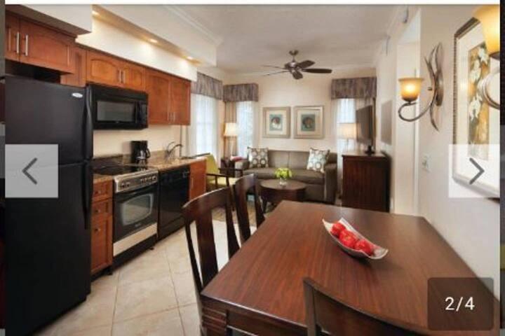 Sheraton Vacation villa 2mi from Disney Springs