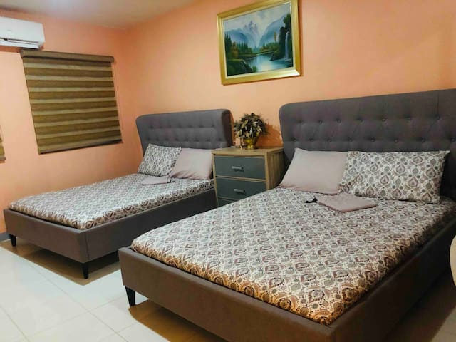 Suite Room @Luzville Residences  with Wifi+Netflix
