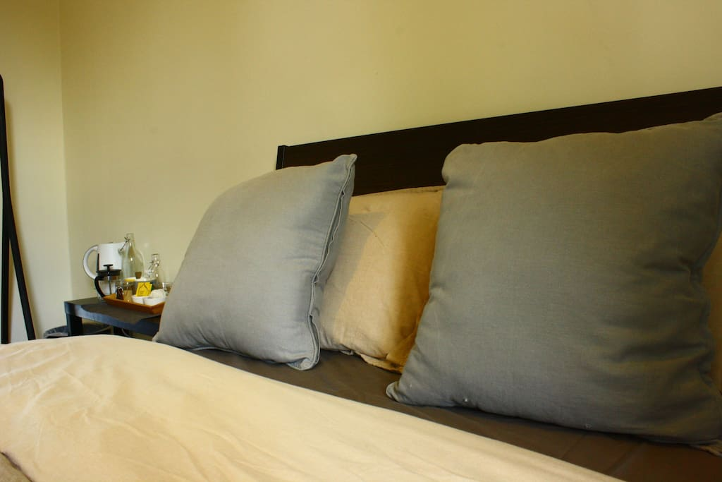 Bedroom with comfortable double bed 2/3