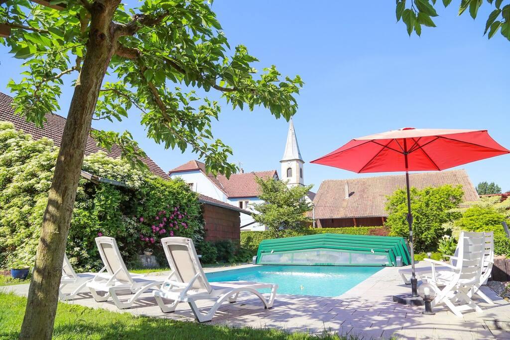 le jardin et sa piscine de 9m X4,5m