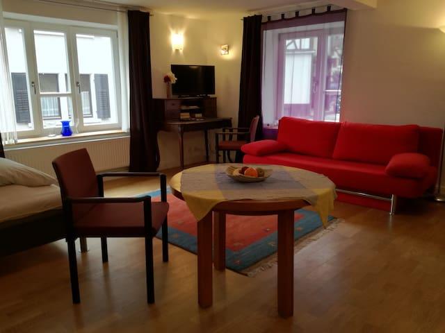 Die Schillerstube im Roten Haus