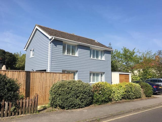 The Blue House - with parking for 2 or 3 cars